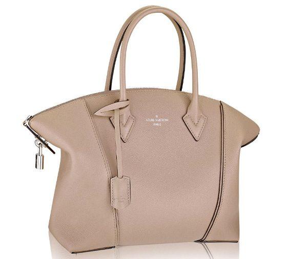 Бренд Louis Vuitton также подвергся изменениям за прошедший год – Николя  Гескьер (Nicolas Ghesquière) сменил на боевом посту креативного директора  женской ... ad5bf5e960e