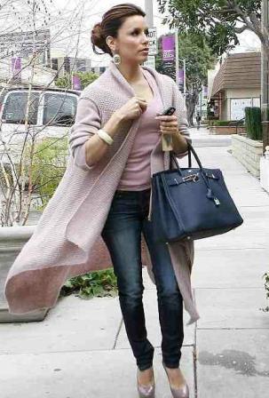 Названная в честь актрисы Джейн Биркин, сумка появилась в 1984 году.