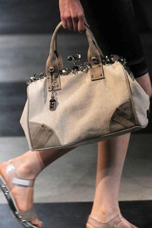 Весенне-летняя коллекция 2010 от Prada.